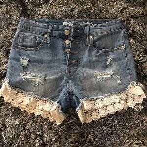 Massimo highrise blue denim shorts w/ lace accent